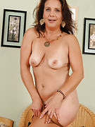 Horny 43 spring old Chane takes on together with her crotch down below her nylons
