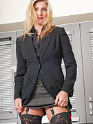 Golden-haired MILF Yasmin wastes basically no time getting naked as soon as the lady 9 to 5 job