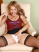 At 40 years of age Kelly even has the most wonderful camel toe and additionally shows it