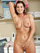 At 51 years familiar Magdalene from 30 plus Ladies provides the hottest curves