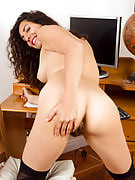 All-natural 33 12 months familiar Isabelle after 30 plus Ladies as part of stockings and panties